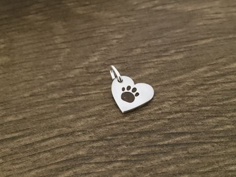 Paw on your heart charm solid sterling silver Handmade in the Uk (1)